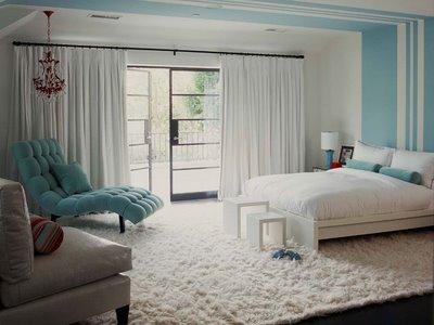 blue room 22